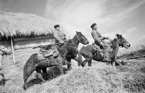 Лошади.Расчет бронебойщиков (1941).